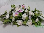 1,7 Легко фіолетова з білими трояндами 150 грн