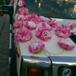 хамер лімузин з рожевими прикрасами