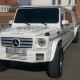 білий лімузин Mercedes G