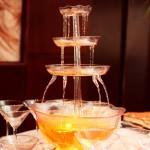 шоколадний фонтан ужгород,фонтан шоколадний ужгород, замовити фонтан із алкоголю в ужгороді,
